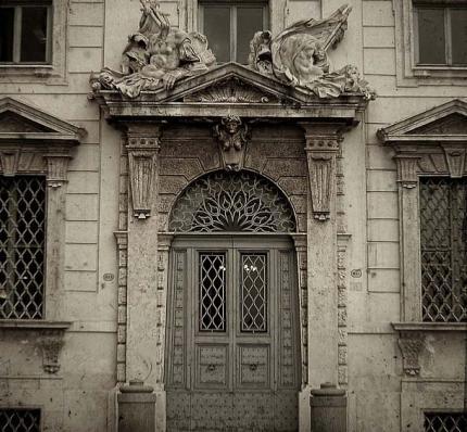 particolare del palazzo della Consulta - foto Flickr/Jan