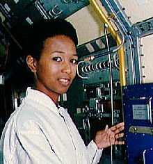 Mae Jemison nel 1992 al Kennedy Space Center